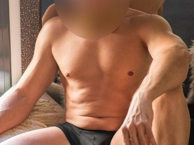 masajista masculino musculado